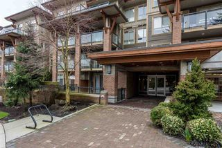 "Photo 2: 114 1633 MACKAY Avenue in North Vancouver: Pemberton Heights Condo for sale in ""Touchstone"" : MLS®# R2147673"