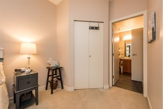 """Photo 12: 114 1633 MACKAY Avenue in North Vancouver: Pemberton Heights Condo for sale in """"Touchstone"""" : MLS®# R2147673"""