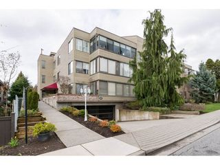 "Photo 1: 105 1467 MARTIN Street: White Rock Condo for sale in ""Searidge Court"" (South Surrey White Rock)  : MLS®# R2154678"