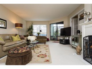 "Photo 4: 105 1467 MARTIN Street: White Rock Condo for sale in ""Searidge Court"" (South Surrey White Rock)  : MLS®# R2154678"