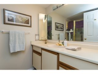 "Photo 14: 105 1467 MARTIN Street: White Rock Condo for sale in ""Searidge Court"" (South Surrey White Rock)  : MLS®# R2154678"