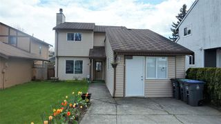 Photo 2: 12930 74 Avenue in Surrey: West Newton House for sale : MLS®# R2159599