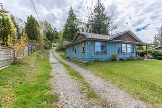 "Photo 16: 5462 MASON Road in Sechelt: Sechelt District House for sale in ""WEST SECHELT"" (Sunshine Coast)  : MLS®# R2174374"