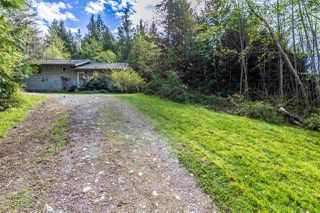 "Photo 9: 5462 MASON Road in Sechelt: Sechelt District House for sale in ""WEST SECHELT"" (Sunshine Coast)  : MLS®# R2174374"