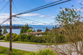 "Photo 15: 5462 MASON Road in Sechelt: Sechelt District House for sale in ""WEST SECHELT"" (Sunshine Coast)  : MLS®# R2174374"