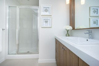 "Photo 14: 75 8438 207A Street in Langley: Willoughby Heights Townhouse for sale in ""YORK By Mosaic"" : MLS®# R2179887"
