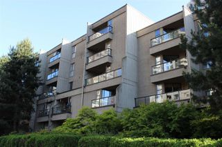 "Photo 1: 307 1040 PACIFIC Street in Vancouver: West End VW Condo for sale in ""CHELSEA TERRACE"" (Vancouver West)  : MLS®# R2183958"