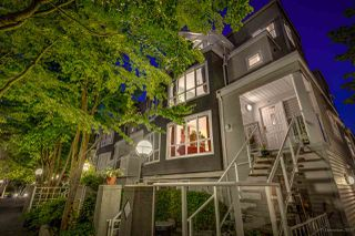 "Photo 1: 21 780 W 15TH Avenue in Vancouver: Fairview VW Townhouse for sale in ""Sixteen Willows"" (Vancouver West)  : MLS®# R2190640"