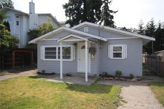 Photo 1: 631 Hoffman Ave in VICTORIA: La Mill Hill House for sale (Langford)  : MLS®# 766785
