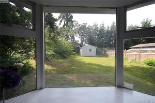 Photo 18: 631 Hoffman Ave in VICTORIA: La Mill Hill Single Family Detached for sale (Langford)  : MLS®# 766785