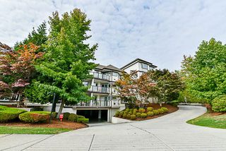 Photo 1: 204 7139 18TH Avenue in Burnaby: Edmonds BE Condo for sale (Burnaby East)  : MLS®# R2209442