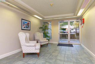 Photo 3: 108 1436 Harrison St in VICTORIA: Vi Downtown Condo Apartment for sale (Victoria)  : MLS®# 773384