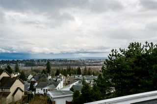 "Photo 20: 404 2733 ATLIN Place in Coquitlam: Coquitlam East Condo for sale in ""ATLIN COURT"" : MLS®# R2232992"