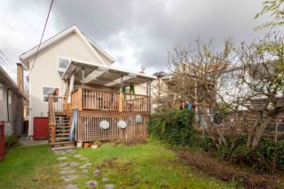 """Photo 17: 2018 CHARLES Street in Vancouver: Grandview VE House for sale in """"COMMERCIAL DRIVE"""" (Vancouver East)  : MLS®# R2235267"""