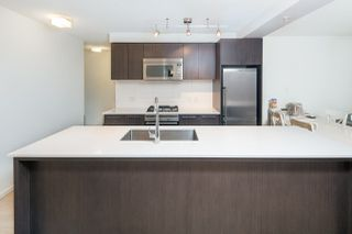 """Photo 5: 502 7988 ACKROYD Road in Richmond: Brighouse Condo for sale in """"QUINTET - TOWER A"""" : MLS®# R2243212"""