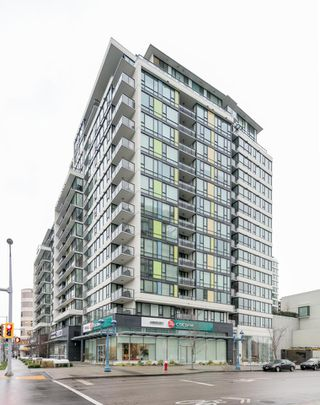 """Photo 2: 502 7988 ACKROYD Road in Richmond: Brighouse Condo for sale in """"QUINTET - TOWER A"""" : MLS®# R2243212"""