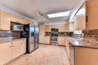 """Photo 11: 11843 COWLEY Drive in Delta: Sunshine Hills Woods House for sale in """"Sunshine Woods"""" (N. Delta)  : MLS®# R2244516"""