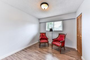 """Photo 15: 11843 COWLEY Drive in Delta: Sunshine Hills Woods House for sale in """"Sunshine Woods"""" (N. Delta)  : MLS®# R2244516"""