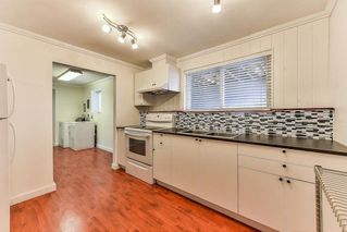 """Photo 20: 11843 COWLEY Drive in Delta: Sunshine Hills Woods House for sale in """"Sunshine Woods"""" (N. Delta)  : MLS®# R2244516"""