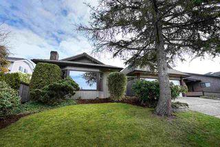 "Photo 1: 54 55A Street in Delta: Pebble Hill House for sale in ""PEBBLE HILL"" (Tsawwassen)  : MLS®# R2245267"