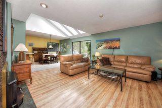 "Photo 11: 54 55A Street in Delta: Pebble Hill House for sale in ""PEBBLE HILL"" (Tsawwassen)  : MLS®# R2245267"