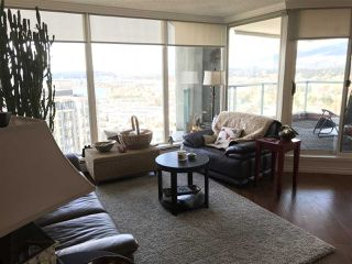 """Photo 7: 2403 120 W 2ND Street in North Vancouver: Lower Lonsdale Condo for sale in """"OBSERVATORY"""" : MLS®# R2252153"""