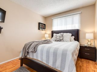Photo 7: 6131 BEAVER DAM Way NE in Calgary: Thorncliffe House for sale : MLS®# C4184373