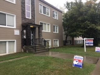 Main Photo: 15 9650 82 Avenue in Edmonton: Zone 15 Condo for sale : MLS®# E4112654