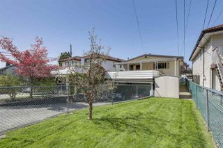 Photo 2: 5958 LANCASTER Street in Vancouver: Killarney VE House for sale (Vancouver East)  : MLS®# R2276338