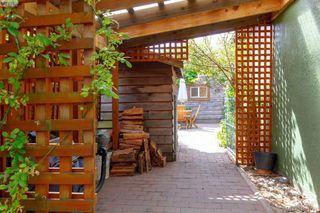 Photo 13: 3011 Cedar Hill Road in VICTORIA: Vi Oaklands Single Family Detached for sale (Victoria)  : MLS®# 395170