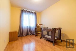 Photo 13: 22 Brookland Bay in Winnipeg: South Pointe Residential for sale (1R)  : MLS®# 1821047