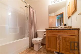 Photo 15: 22 Brookland Bay in Winnipeg: South Pointe Residential for sale (1R)  : MLS®# 1821047