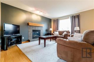 Photo 4: 22 Brookland Bay in Winnipeg: South Pointe Residential for sale (1R)  : MLS®# 1821047