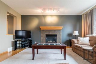 Photo 5: 22 Brookland Bay in Winnipeg: South Pointe Residential for sale (1R)  : MLS®# 1821047