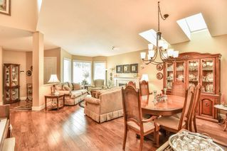 "Photo 4: 4 6488 168 Street in Surrey: Cloverdale BC Townhouse for sale in ""TURNBERRY"" (Cloverdale)  : MLS®# R2298563"
