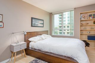 "Photo 8: 606 120 MILROSS Avenue in Vancouver: Mount Pleasant VE Condo for sale in ""THE BRIGHTON"" (Vancouver East)  : MLS®# R2305107"