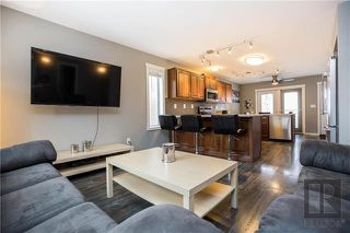Photo 3: 153 Blenheim Avenue in Winnipeg: Residential for sale (2D)  : MLS®# 1829676
