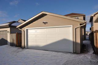 Photo 17: 11805 167B Avenue in Edmonton: Zone 27 House for sale : MLS®# E4142128