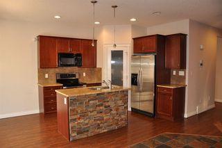Photo 2: 11805 167B Avenue in Edmonton: Zone 27 House for sale : MLS®# E4142128