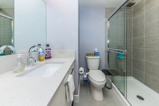 """Photo 14: 1911 668 COLUMBIA Street in New Westminster: Quay Condo for sale in """"TRAPP & HOLBROOK"""" : MLS®# R2348799"""