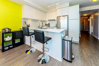 """Photo 11: 1911 668 COLUMBIA Street in New Westminster: Quay Condo for sale in """"TRAPP & HOLBROOK"""" : MLS®# R2348799"""