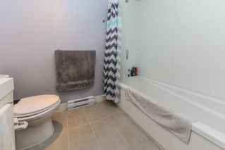"""Photo 9: 1911 668 COLUMBIA Street in New Westminster: Quay Condo for sale in """"TRAPP & HOLBROOK"""" : MLS®# R2348799"""