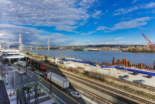 """Photo 3: 1911 668 COLUMBIA Street in New Westminster: Quay Condo for sale in """"TRAPP & HOLBROOK"""" : MLS®# R2348799"""