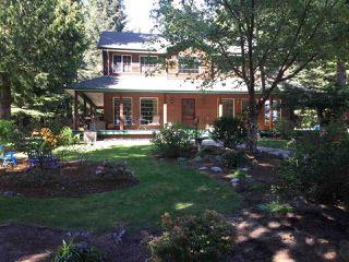 Photo 1: 8174 REDROOFFS Road in Halfmoon Bay: Halfmn Bay Secret Cv Redroofs House for sale (Sunshine Coast)  : MLS®# R2349635