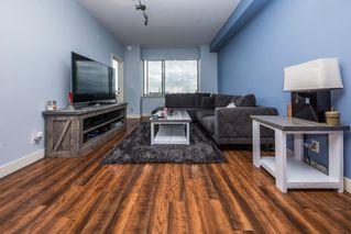 "Photo 3: 302 11935 BURNETT Street in Maple Ridge: East Central Condo for sale in ""KENSINGTON PLACE"" : MLS®# R2361474"
