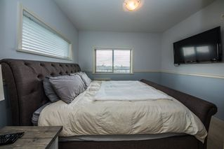 "Photo 11: 302 11935 BURNETT Street in Maple Ridge: East Central Condo for sale in ""KENSINGTON PLACE"" : MLS®# R2361474"