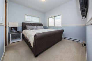 "Photo 8: 302 11935 BURNETT Street in Maple Ridge: East Central Condo for sale in ""KENSINGTON PLACE"" : MLS®# R2361474"