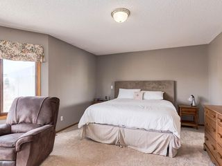 Photo 14: 304 RIVERVIEW Close SE in Calgary: Riverbend Detached for sale : MLS®# C4242495
