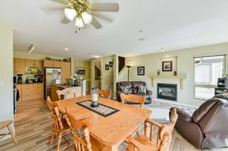 """Photo 6: 85 20350 68 Avenue in Langley: Willoughby Heights Townhouse for sale in """"Sunridge"""" : MLS®# R2365832"""