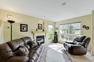 """Photo 7: 85 20350 68 Avenue in Langley: Willoughby Heights Townhouse for sale in """"Sunridge"""" : MLS®# R2365832"""